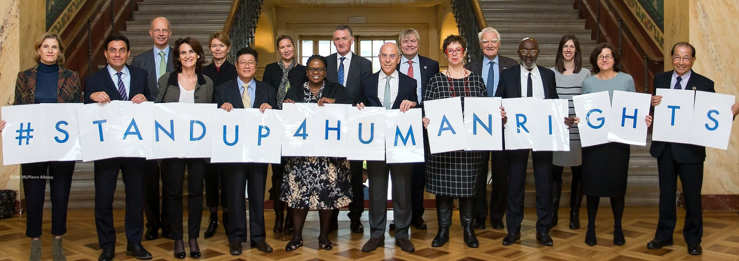 United Nations Global Compact: group photo with 2017 UN Forum on Business and Human Rights participants. Palais Wilson, November 30, 2017, Geneva, Switzerland. ©OHCHR/Pierre Albouy
