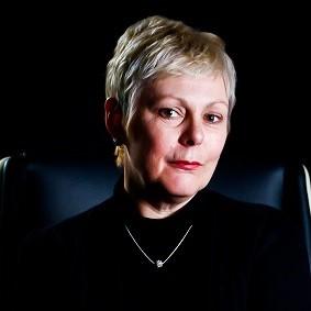 Deborah Leary Headshot (002)