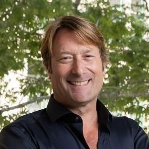 Dr Paul Toyne